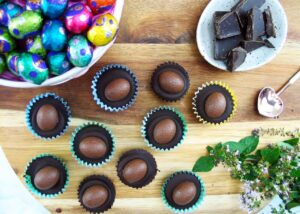 Easter Egg Choc Almond Cup