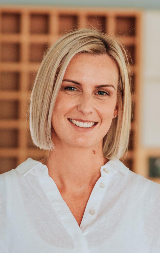 Ebony Crameri